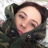 Molly from London Borough of Harrow | Woman | 21 years old | Capricorn