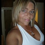 Zowie from Lancaster | Woman | 47 years old | Leo
