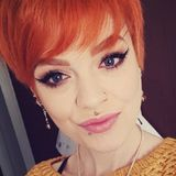 Laura from Chesterfield | Woman | 23 years old | Leo