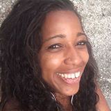 Lara from Miami Beach | Woman | 35 years old | Capricorn