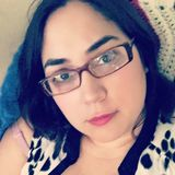 Angela from Overland Park   Woman   35 years old   Capricorn