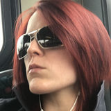 Emma from Grays | Woman | 35 years old | Leo