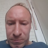 Rimantas from Doncaster | Man | 37 years old | Capricorn