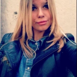 Laure from Boulogne-Billancourt | Woman | 25 years old | Capricorn