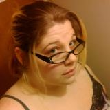 Katie from Lakewood   Woman   34 years old   Taurus
