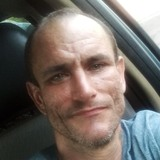 Cajun from Forest | Man | 44 years old | Aries