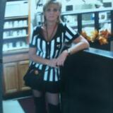 Desire from Wheeling | Woman | 51 years old | Capricorn