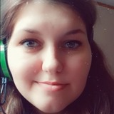 Lee from Grand Haven | Woman | 26 years old | Aries