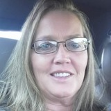 Kaye from Lexington | Woman | 52 years old | Aquarius