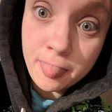 Britt from Jamestown | Woman | 32 years old | Aries