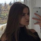 Lea from Besancon | Woman | 23 years old | Taurus