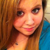 Julia from Niagara Falls | Woman | 25 years old | Aquarius