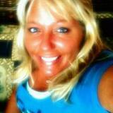 Lauralee from New Prague | Woman | 42 years old | Scorpio