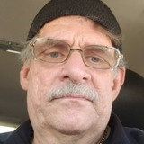 Leonard from Oelwein | Man | 61 years old | Aries