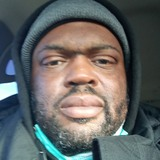 Dee from Highlandville | Man | 40 years old | Capricorn
