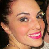 Dee from London   Woman   28 years old   Aquarius