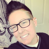 Kat from Medford | Woman | 39 years old | Aries