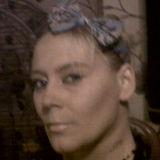 Dee from Wednesbury | Woman | 35 years old | Pisces