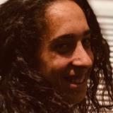Luu from Isla Cristina | Woman | 21 years old | Taurus