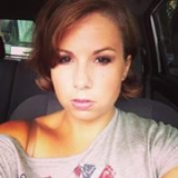 Sara from Roseburg | Woman | 37 years old | Leo