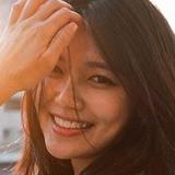 Stranger from Kuala Lumpur | Woman | 32 years old | Aquarius