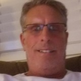 Tom from Utica | Man | 51 years old | Capricorn