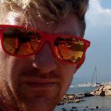Aurel from Antibes | Man | 33 years old | Taurus