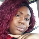 Queen from Clarksville | Woman | 27 years old | Libra