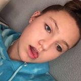 Nicolew from Corona   Woman   21 years old   Cancer