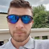 Unclefesta from Derby   Man   37 years old   Sagittarius
