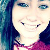 Ashley from Alvarado | Woman | 24 years old | Virgo