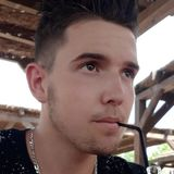 Xavier from Le Pont-de-Beauvoisin | Man | 20 years old | Cancer