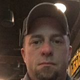 John from East Peoria | Man | 43 years old | Capricorn