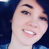Belle from Greenwood | Woman | 21 years old | Capricorn