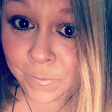 Britt from Virginia Beach | Woman | 32 years old | Leo
