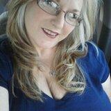 Lorna from Glen Burnie | Woman | 52 years old | Leo