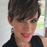 Angela from Brunswick | Woman | 36 years old | Leo