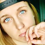 Juliet from Clarksville   Woman   23 years old   Cancer