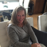 Leah from Chestermere | Woman | 54 years old | Taurus